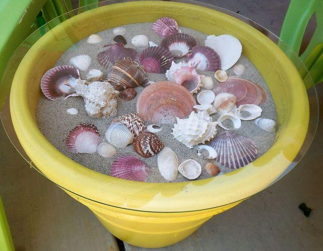 seashell-outdoor-table
