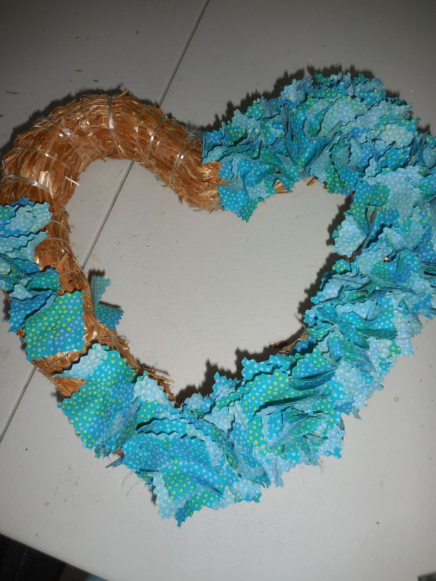 straw-heart-crafts-valentines-day-ideas-wreaths-1