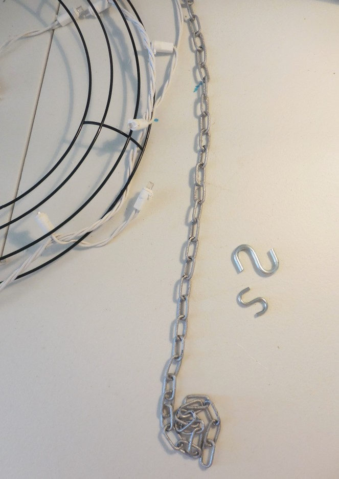 chains-n-hooks-for-chandelier