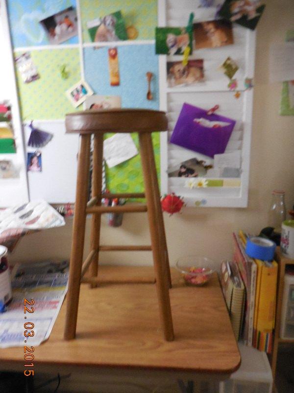 old-bar-stools