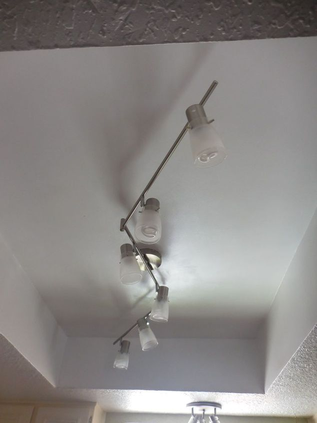 removing-recessed-box-fluorescent-lighting-home-maintenance-repairs-how-to-lighting (2).jpg