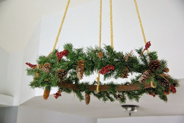 ceiling-hung-christmas-wreath-christmas-decorations-crafts-seasonal-holiday-decor