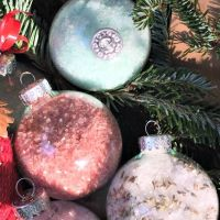 Ornament Bath Salts
