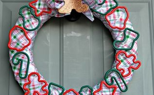 cookie-cutter-christmas-wreath-christmas-decorations-crafts-wreaths