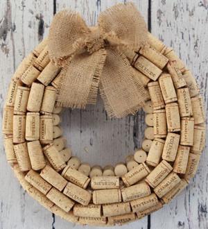 vintage-cork-wreath_medium_id-723609