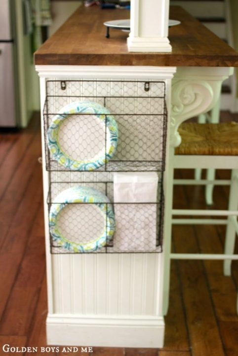 wire-baskets-kitchen-island-683x1024