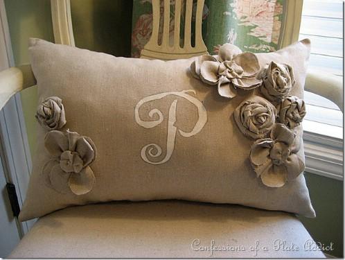 11-burlap-diy-pillow