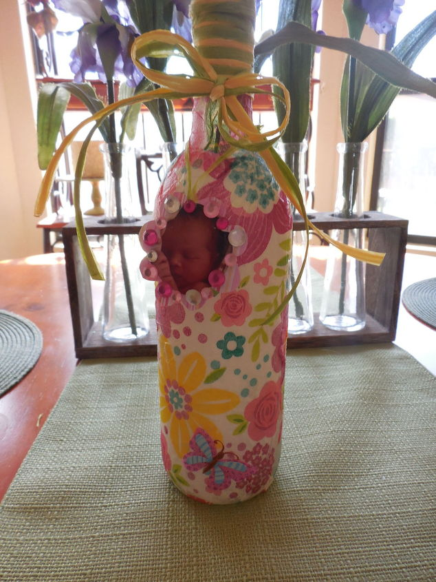 springtime-bottle-for-the-new-mommy--crafts-decoupage-seasonal-holiday-decor.1 (1).jpg