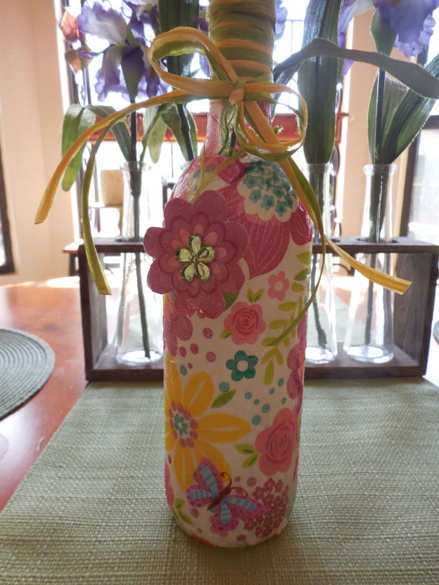 springtime-bottle-for-the-new-mommy--crafts-decoupage-seasonal-holiday-decor.1.jpg