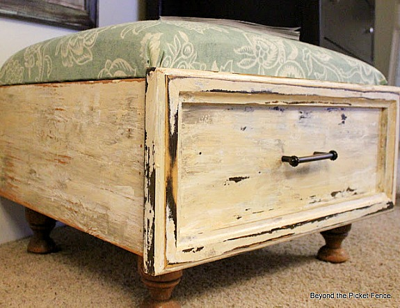 drawer-repurposed-into-an-ottoman