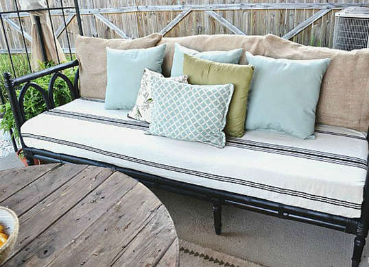 outdoor-sofa-after (1)