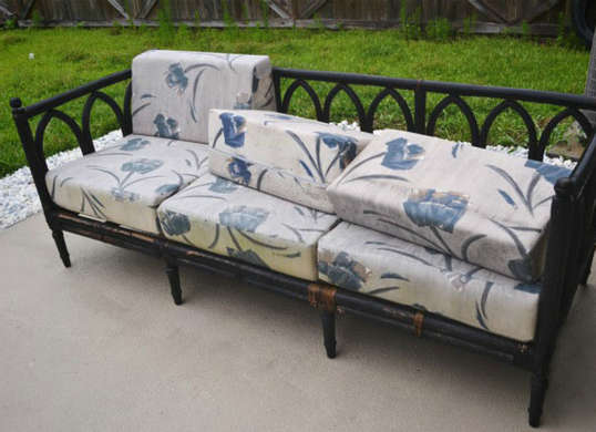 outdoor-sofa-before (1)