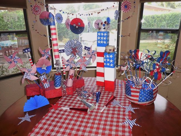 celebrating-4th-of-july-crafts-how-to-patriotic-decor-ideas1