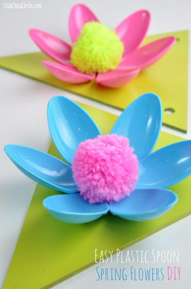 Easy-Plastic-Spoon-Spring-Flower-Garland.jpg