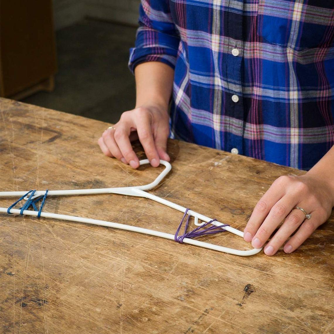 HH-rubber-band-hanger-3.jpg