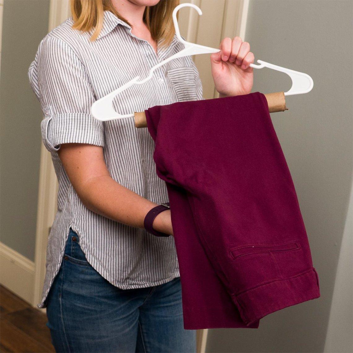 paper-towel-hanger-1